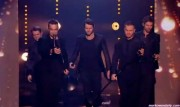 Take That au X Factor 12-12-2010 - Page 2 8bdd7d111005367