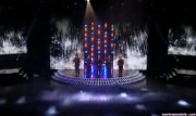 Take That au X Factor 12-12-2010 Df5a3f111015793