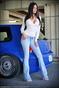 Volkswagen et ses donzelles ... 9d6dc2165732235
