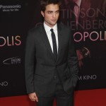 Robert Pattinson à l'avant première de Cosmopolis - Berlin - 31.05.2012 ( Photos HQ 01) B04b15193285876