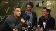 Take That à la radio DJ Italie 23/11-2010 B627aa110832993