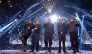 Take That au X Factor 12-12-2010 3532b4111016889