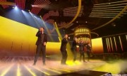 Take That au X Factor 12-12-2010 7e7945111016308