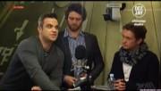 Take That à la radio DJ Italie 23/11-2010 A7a8fb110832983