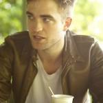Nouveaux outtakes du shooting de Robert Pattinson pour Carter SMITH - Page 11 3d6051140011566