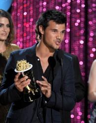 MTV Movie Awards 2012 B47a65193979821