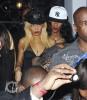 "Rihanna quitte le club ""Greystone"" à Los Angeles. E80f45173465414"
