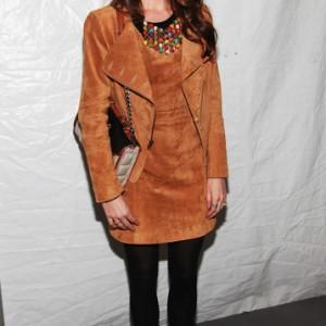 Nikki Reed - Imagenes/Videos de Paparazzi / Estudio/ Eventos etc. - Página 15 Ed5ce7174222706