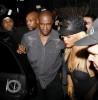 """Rihanna quitte le club """"Greystone"""" à Los Angeles. 06fe26173465741"""