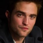 Robert Pattinson à la conférence de presse Cosmopolis - Cannes - 25.05.2012 ( Photos HQ 03) 33c296192767831