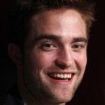 Robert Pattinson à la conférence de presse Cosmopolis - Cannes - 25.05.2012 ( Photos HQ 03) 046e26192766868