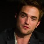 Robert Pattinson à la conférence de presse Cosmopolis - Cannes - 25.05.2012 ( Photos HQ 03) 4c57ac192768172