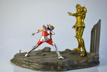 [Piziitoys] Diorama Seiya VS Aldébaran F58a56168318748