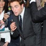 Robert Pattinson à l'avant première de Cosmopolis - Berlin - 31.05.2012 ( Photos HQ 01) 4977a4193288144