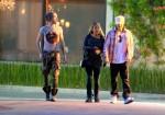 [Vie privée] 13.03.2012 Los Angeles - Bill & Tom Kaulitz et Ria  41e2e6194089069
