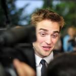 Robert Pattinson à l'avant première de Cosmopolis - Berlin - 31.05.2012 ( Photos HQ 01) 183574193261490