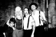 Red Hot Chili Peppers  6a11ff203470406
