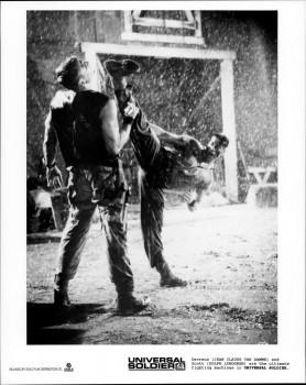 Универсальный солдат / Universal Soldier; Жан-Клод Ван Дамм (Jean-Claude Van Damme), Дольф Лундгрен (Dolph Lundgren), 1992 - Страница 2 B157b0597142123