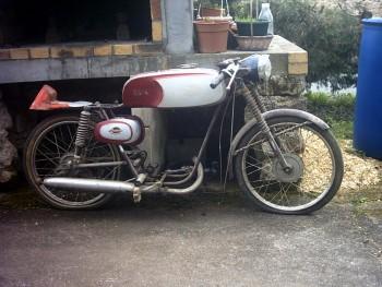 Documents sur Mondial 50cc Franco Morini. C14254592175033