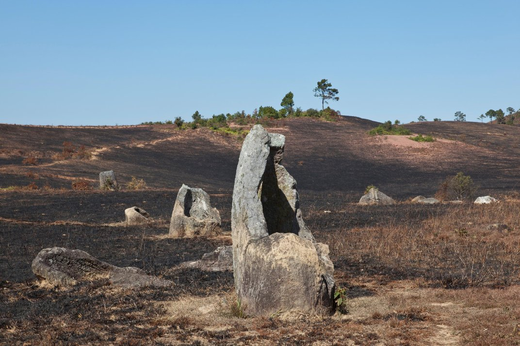 Ancient Urns or Drinking Vessels for Giants? Behind the Mysterious Plain of Jars in Laos Plain-jars-solo-cracked.jpg__1072x0_q85_upscale