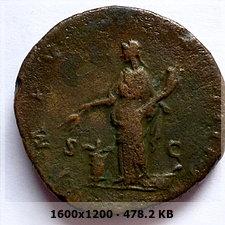 Sestercio de Marco Aurelio. IMP VIIII COS III P P / S C. Annona 4a132652a923fc92b90144810e5d03ddo