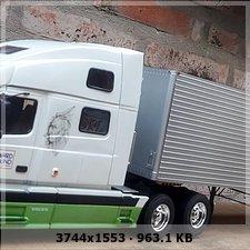 MT: Volvo VN 780 mit 50' Trailer - ITALERI 1:24 5e4a2da2bcfc8a3287017ff86edf6084o