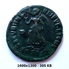 AE3 de Valentiniano I. SECVRITAS REI PVBLICAE. Siscia 650e471140d280573747c0d752481e67o
