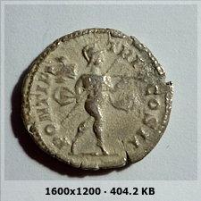 Denario de Caracalla. PONTIF TR P X COS II, ceca Roma. 9b6df620c7c5688f365a64715332a2dao