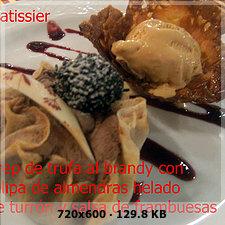 Crepes trufa al brandy tulipa de almendra helado turron salsa frambuesas Acdac967749dbe547ba8f64ddf92b1d9o