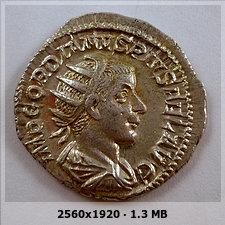 Antoniniano de Gordiano III.  LAETITIA AVG N, ceca Roma. Adb7ff4995da928ec2fdcb3e11e8c7fbo