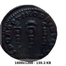 Nummus de Constantino I. SPQR OPTIMO PRINCIPI. Roma Adc096851ea607f2f7cfe2ec3b8b52d2o