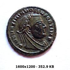 1/4 de Nummus de Maximiano Hércules. REQVIES OPTIMORVM MERITORVM. Siscia B672ace2fde2e2e2dbf3ab908e1adb16o