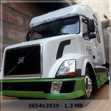 MT: Volvo VN 780 mit 50' Trailer - ITALERI 1:24 C799d678d20b021e2ebec5020bea9842o
