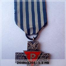 Auschwitz Cross medal D478c55345c1e20b8ccaee85f399e76co