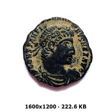 AE3 de Constantino I (Magno). GLORIA EXERCITVS. Roma D9757910dcfcecd4edc000fc0f291ae9o