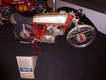 Salon de la moto LYON 2019 E578561166286894