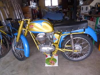 Restauration MONDIAL 125cc Champion Lusso. - Page 2 92e16b853766804