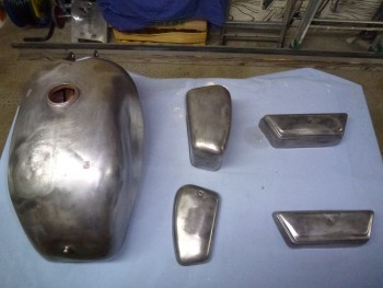 Restauration MONDIAL 125cc Champion Lusso. E069b1675075123