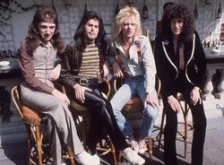 Queen и Freddie Mercury E7e2e91027833224