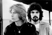 Hall and Oates  5dcc7f926728764
