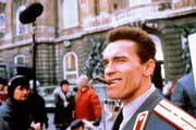Красная жара / Red Heat (Арнольд Шварценеггер, Джеймс Белуши, 1988) - Страница 2 7b08241154813304