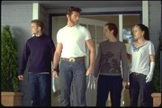 Люди Икс 2 / X-Men 2 (Хью Джекман, Холли Берри, Патрик Стюарт, Иэн МакКеллен, Фамке Янссен, Джеймс Марсден, Ребекка Ромейн, Келли Ху, 2003) 10bbe01208778124