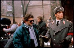 Красная жара / Red Heat (Арнольд Шварценеггер, Джеймс Белуши, 1988) - Страница 2 F8dd301193613564