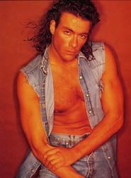 Жан-Клод Ван Дамм (Jean-Claude Van Damme)- сканы из разных журналов Cine-News 189d31783202123
