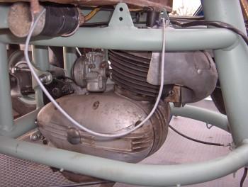 Moteur 3 v itom différent. 9c51e7741263593