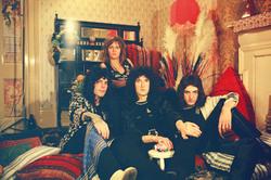 Queen и Freddie Mercury Dda2b41027833384