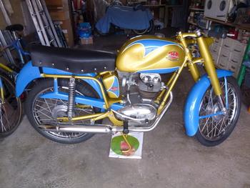 Restauration MONDIAL 125cc Champion Lusso. - Page 2 78473f853766754
