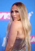 Дженнифер Лопез (Jennifer Lopez) MTV Video Music Awards, 20.08.2018 (95xHQ) 2ba08a955995014