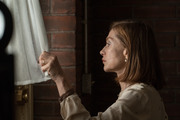 В объятиях лжи / Greta (Изабель Юппер, Хлоя Грейс Морец, 2018) 08ffe21226939304