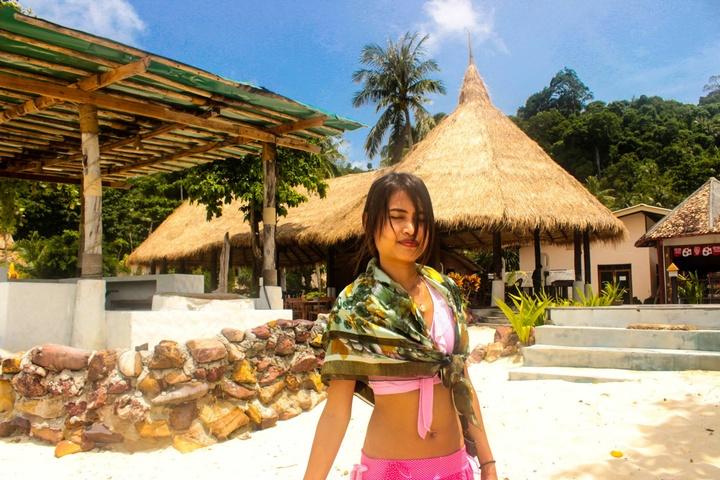 Senior Software Developer in Tropical Paradise Thailand 02